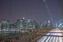 - Gece Işıklarında Köprü Kanvas Tablo