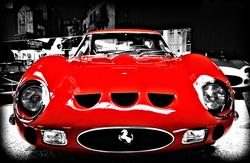 - Kırmızı Araba Kanvas Tablo