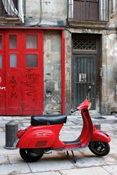 - Kırmızı Vespa Kanvas Tablo