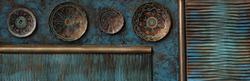 - Renkli Zeminde İşlemeli Tabaklar Kabartmalı Tablo