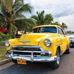 - Sarı Klasik Araba Kanvas Tablo