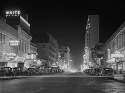 - Şehir Meydanı Siyah Beyaz Kanvas Tablo