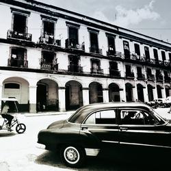 - Siyah Beyaz Klasik Araba Kanvas Tablo
