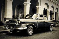 - Siyah Beyaz Klasik Araç Kanvas Tablo