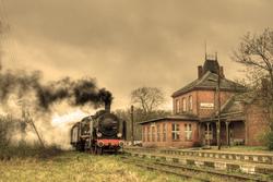 - Tren ve Kasaba Kanvas Tablo