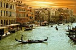 - Turuncu Gökyüzünde Venedik Kanvas Tablo